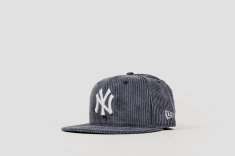 New Era x Packer Yankee Curdoroy angle