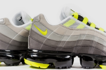 Nike Air Vapormax '95 AJ7292 001-6