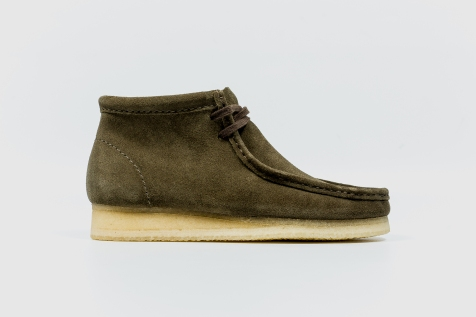 Clarks Wallabee Olive Suede 34754 side